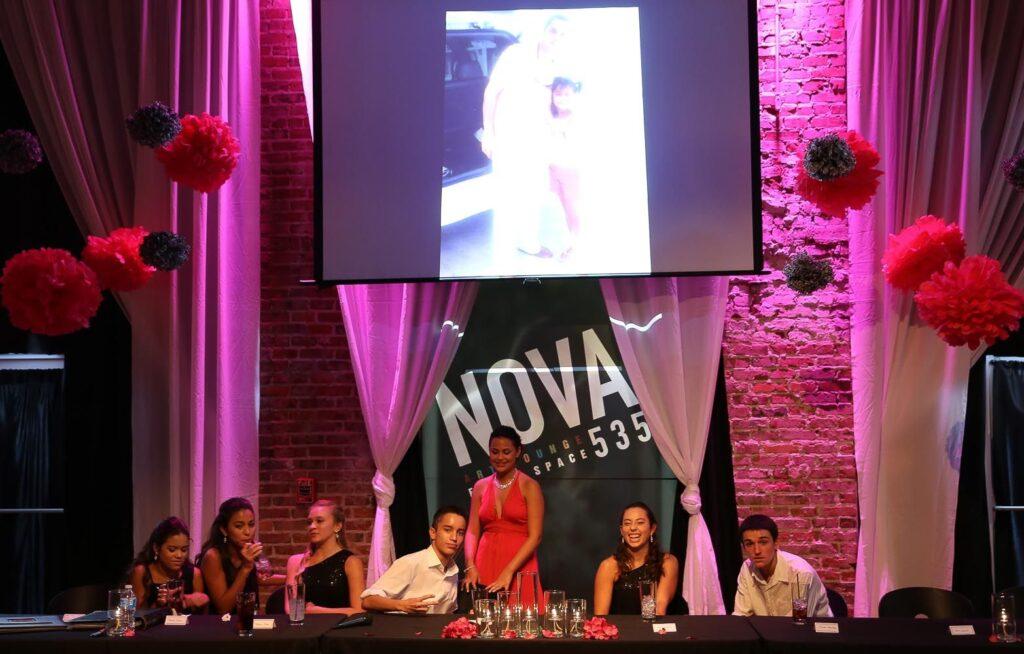 2014-08-06-Carolina-Qunicenara-at-NOVA-535-St-Pete-33