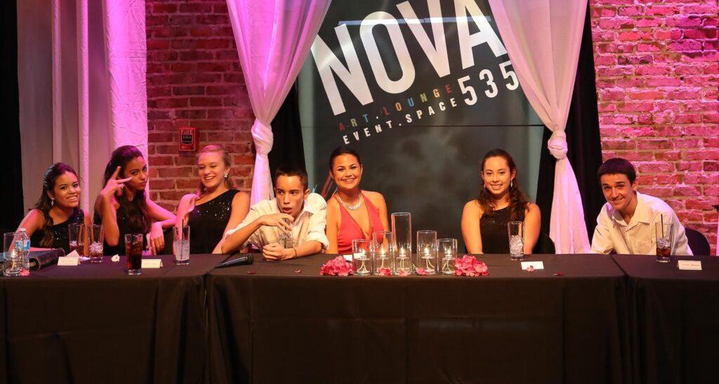 2014-08-06-Carolina-Qunicenara-at-NOVA-535-St-Pete-37