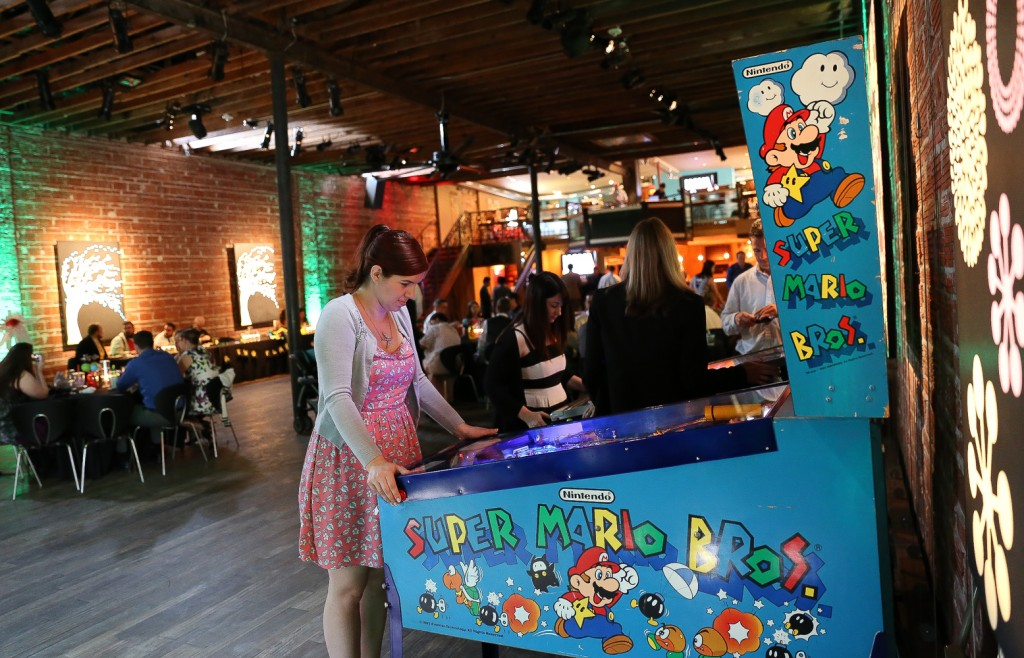 2014-06-13-Pinball-bride-marries-her-Mario-Brothers-loving-sweetheart-at-NOVA-535-downtown-St-Pete-88