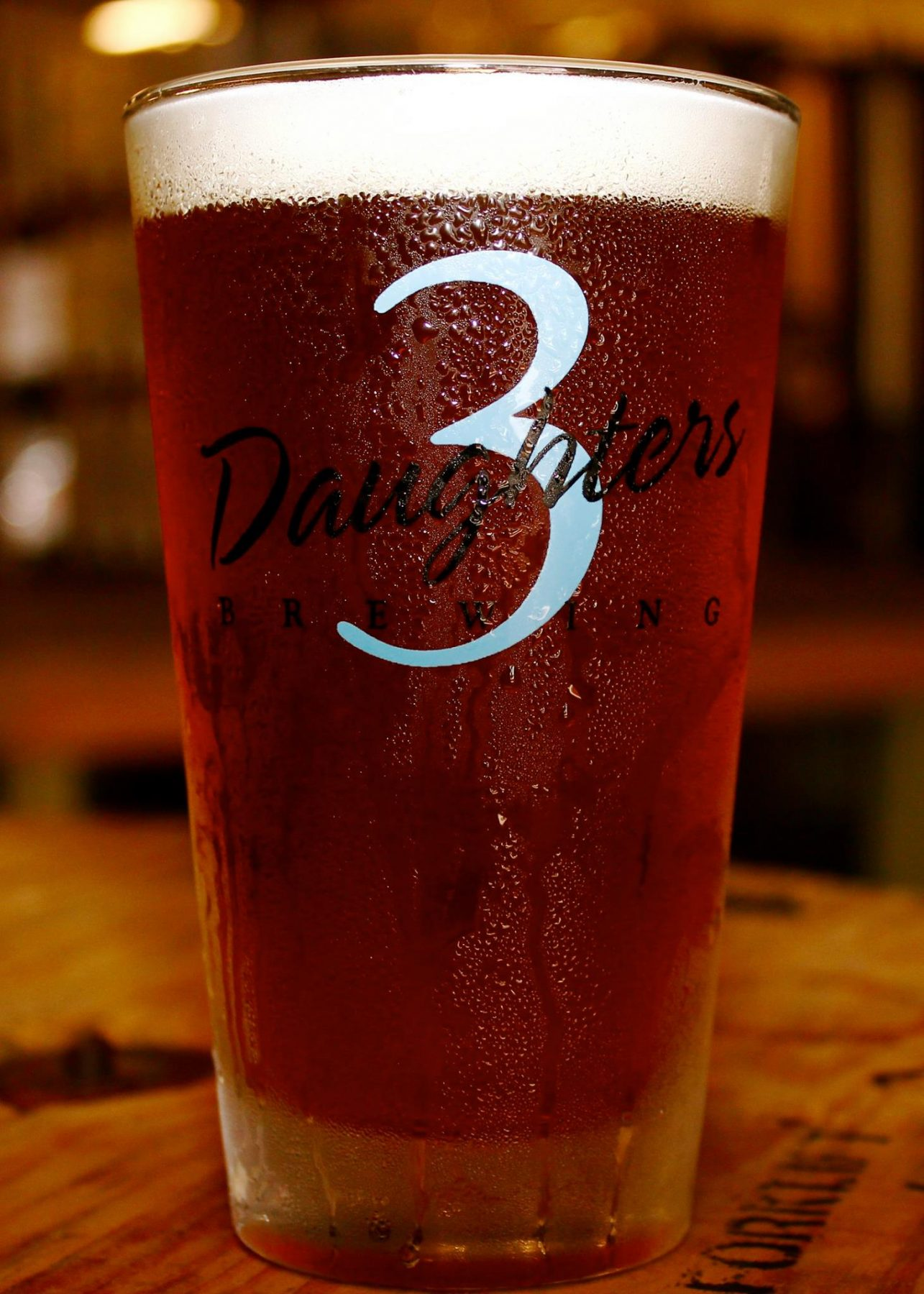 downtown-stpete-3-daughters-brewing-pint