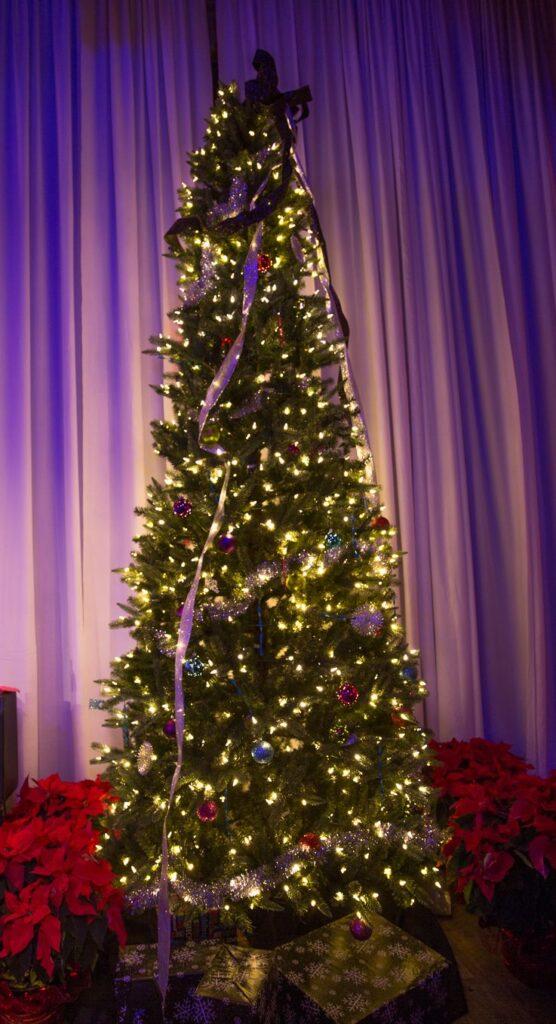 2014-12-26-LaBudde-Harvey-Burns-Holiday-Party-at-NOVA-535-Downtown-StPete-69