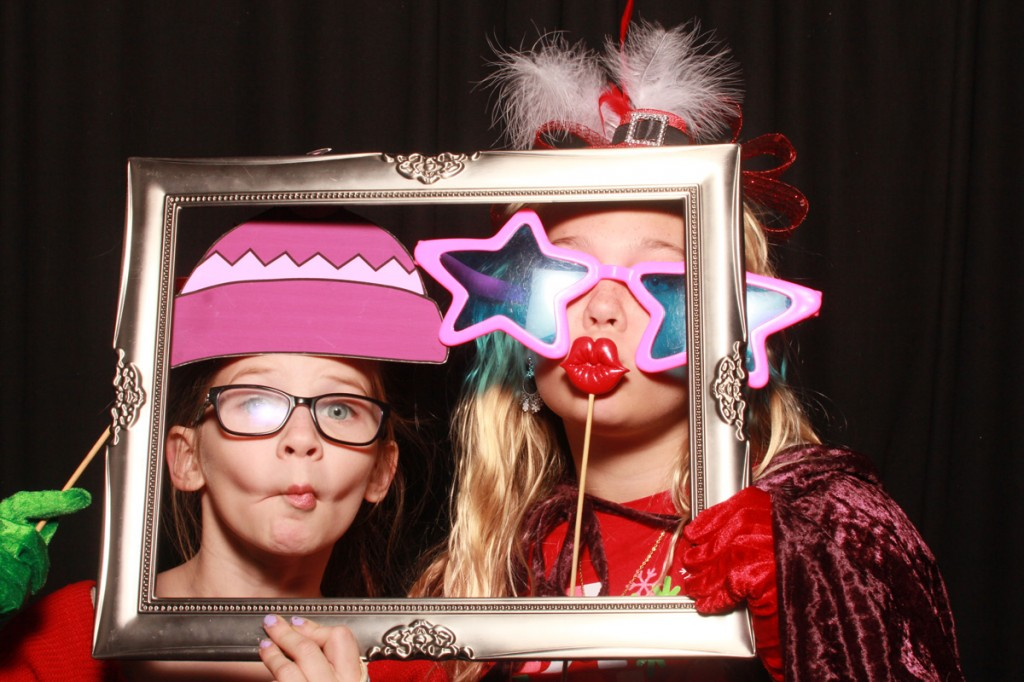 Nova-Noel-12-11-2014_Photobooth-downtown-stpete (22)