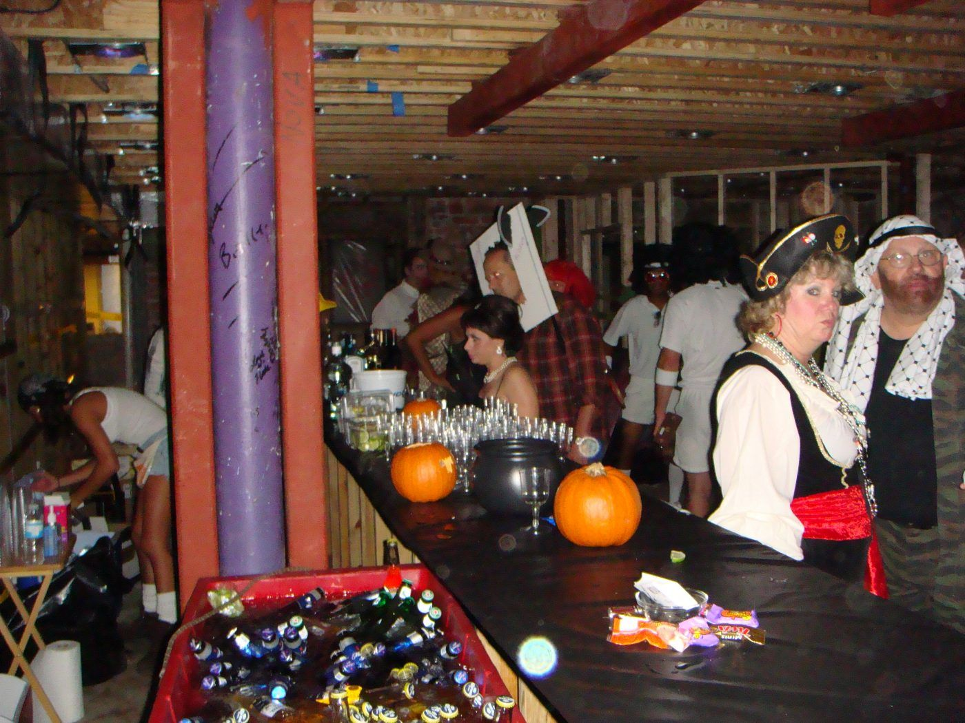 2007-10-31-novaween-1-open-bar