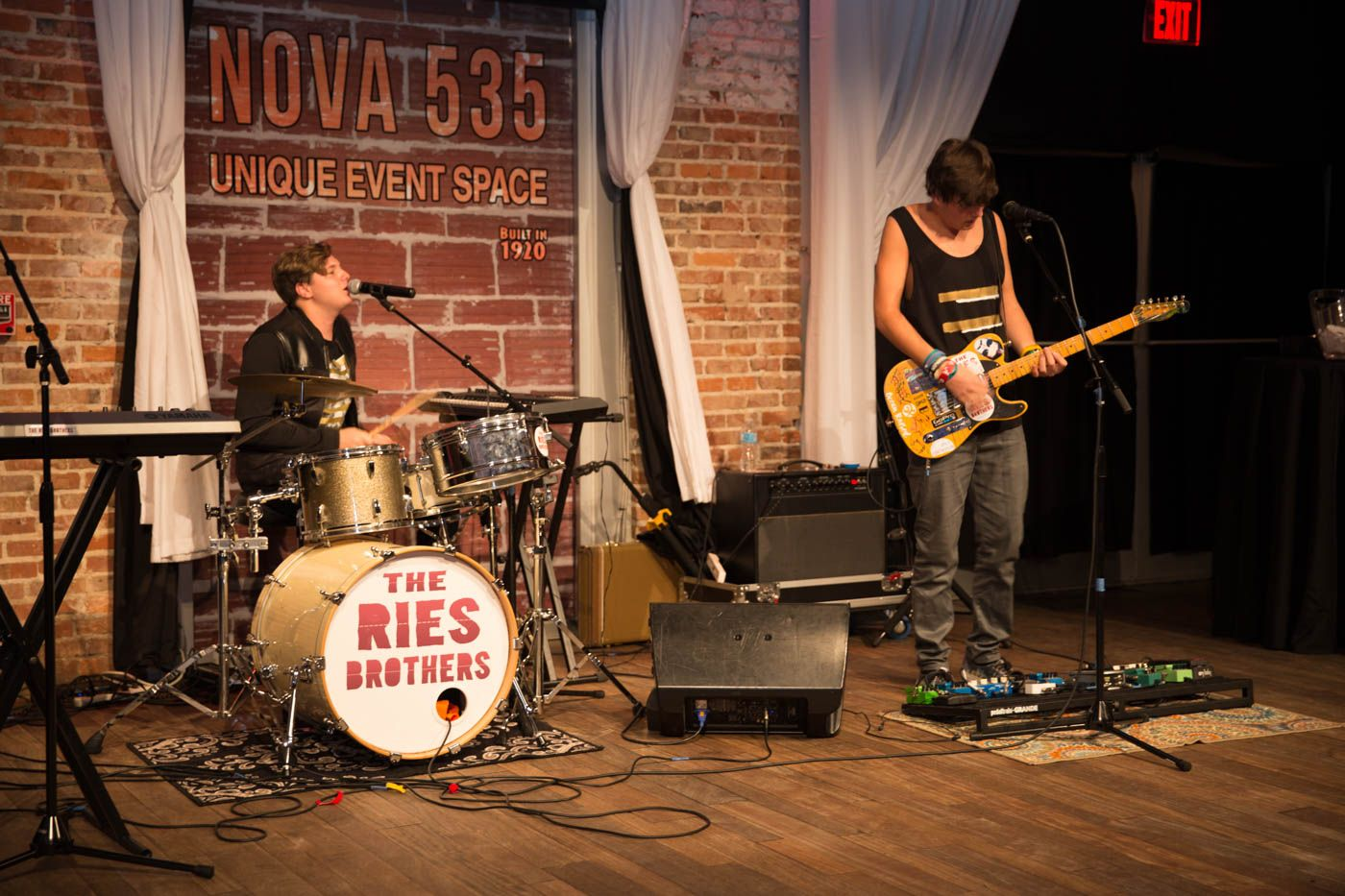 2016-09-17-arts-conservatory-for-teens-fundraiser-at-nova-535-in-dtsp-58